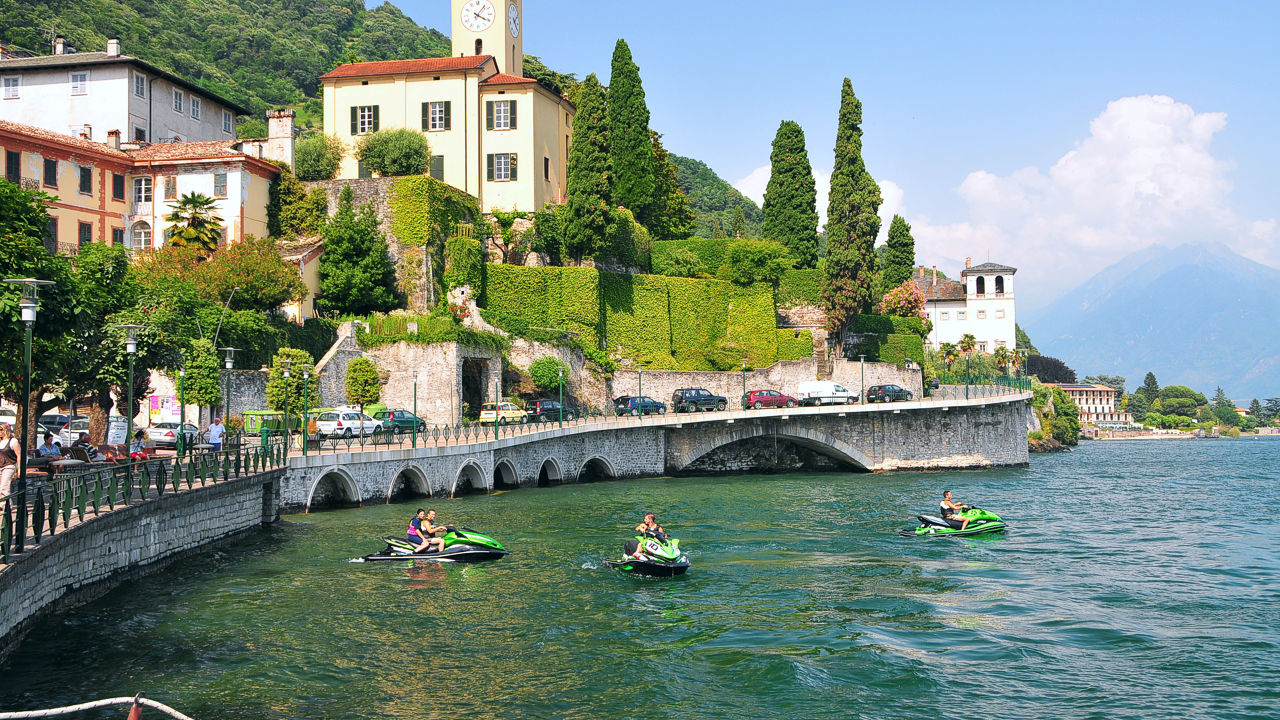 Jetski storage on Lake Como