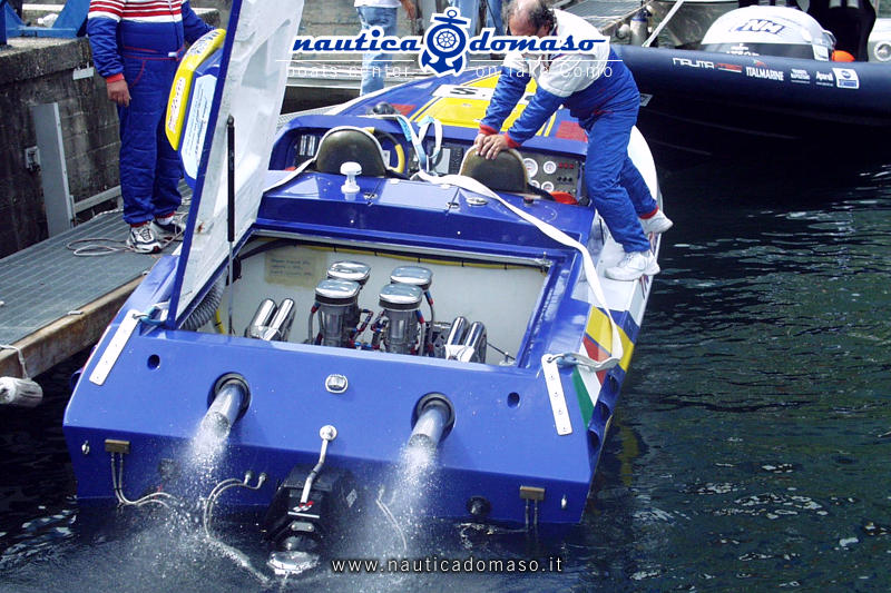 maintenance motorboats lake Como